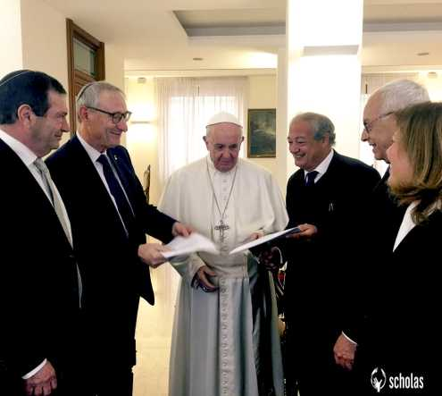 Pope Francis together with Scholas Global Directors meets Hebrew University leaders to sign an agreement for working together in an education program for the encounter between youth of various religions